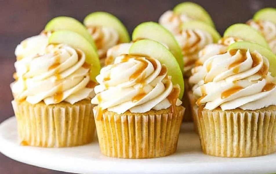 Apple and honey cupcakes are a traditional food at Rosh Hashanah, Jewish New Year.